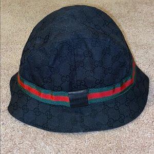 Gucci Original GG Supreme Canvas Bucket Hat